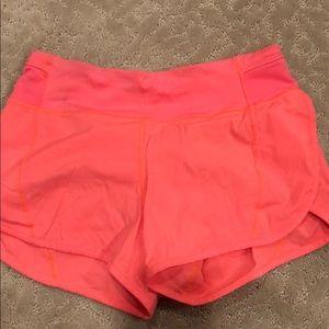 size 6 lulu shorts